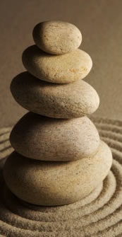 Balanced structure of pebbles